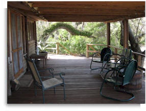 A large deck surrounds the cabin - perfect for meditation and yoga retreats